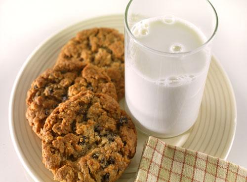 100% Non-Fat Instant Milk 14lb 6 Gallon Pail-947