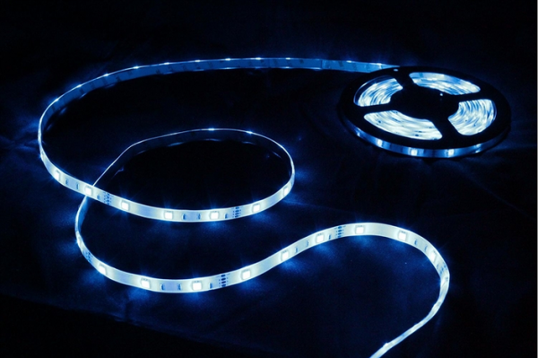 Renogy Flexible LED Light Strip Easy-Plug Kit- SMD 5050 RGB - Waterproof-0