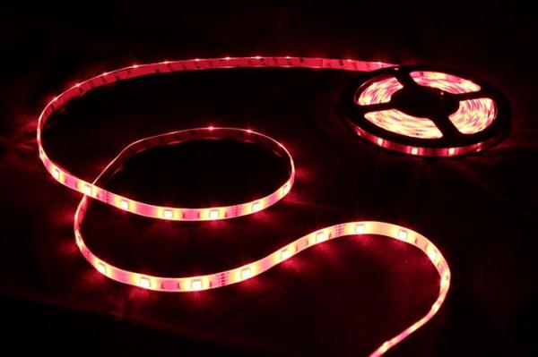Renogy Flexible LED Light Strip Easy-Plug Kit- SMD 5050 RGB - Waterproof-1181