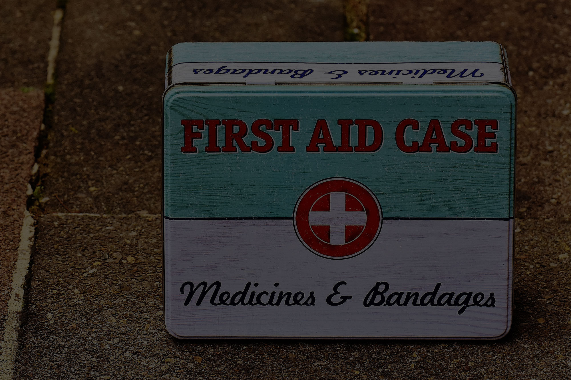What to Keep in your Home First Aid Kit